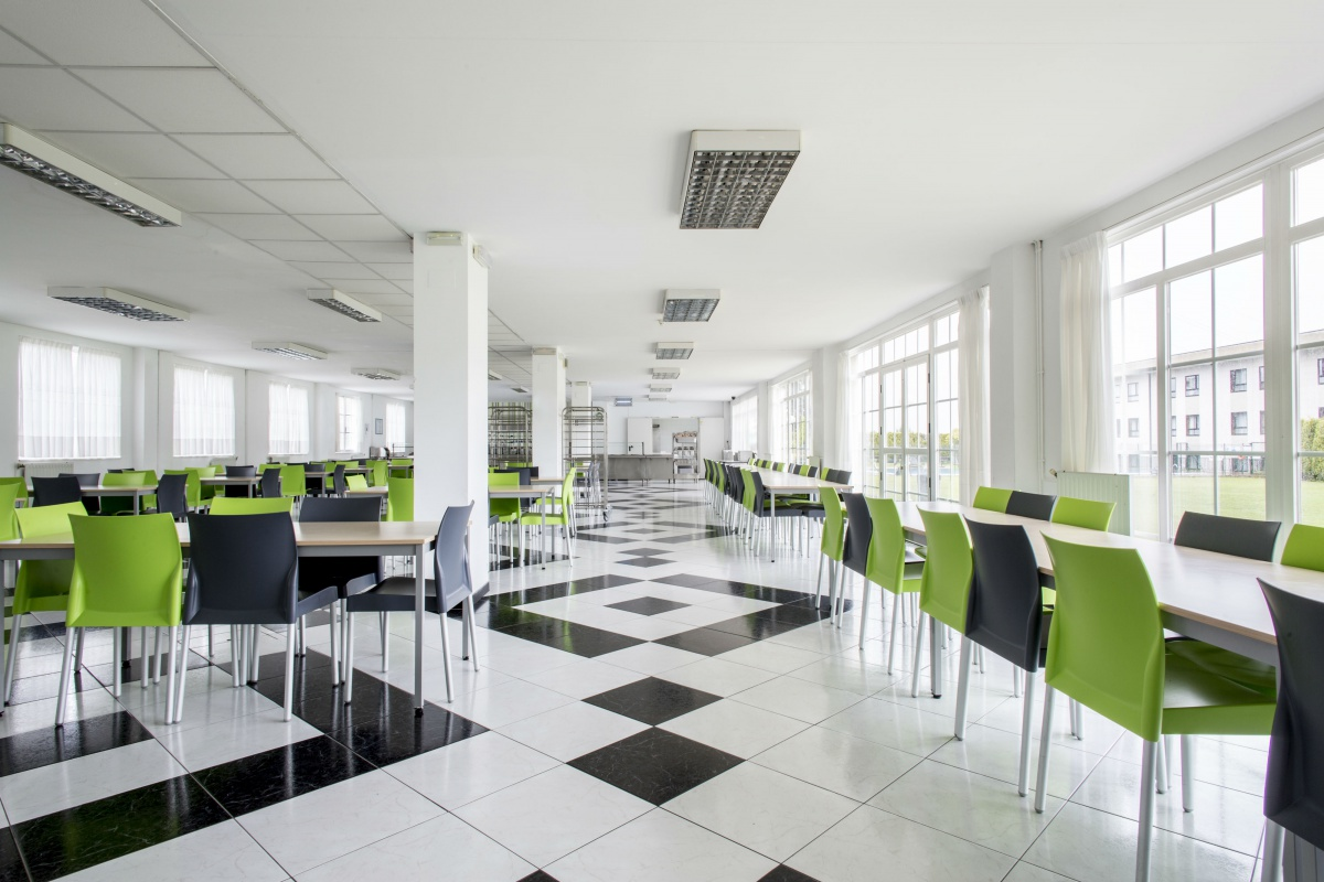 Accommodation for days or weeks in Siglo XXI Residence Hall | ResaInn